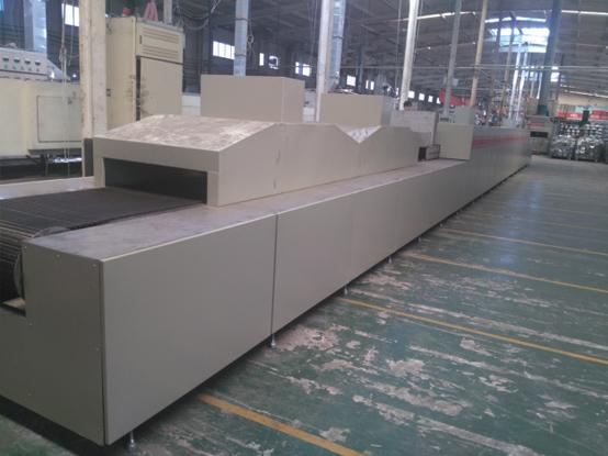 RCW8-700网带连续式铝钎焊炉